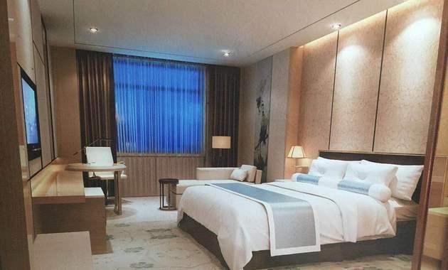 江海大酒店