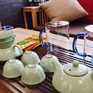 名人羽吉藏茶酒店