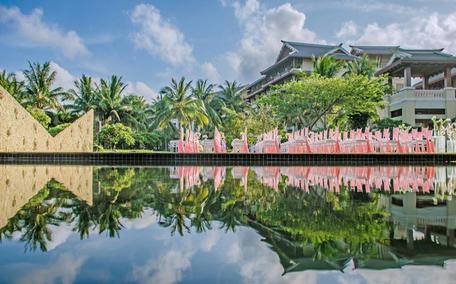 金茂三亚亚龙湾丽思卡尔顿酒店